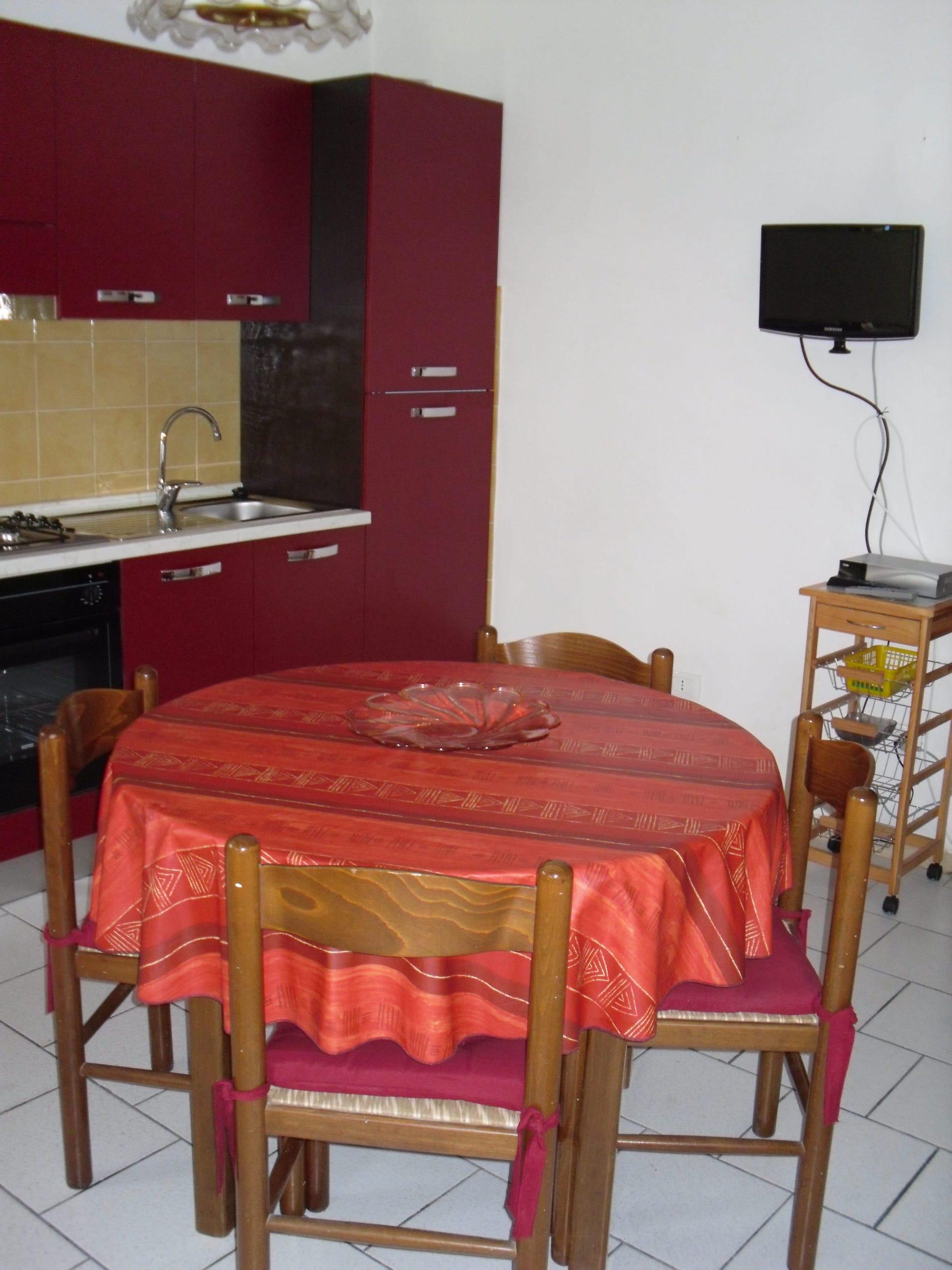 Appartamento all'interno di Giglio Porto, con giardino rif. ORTELLI