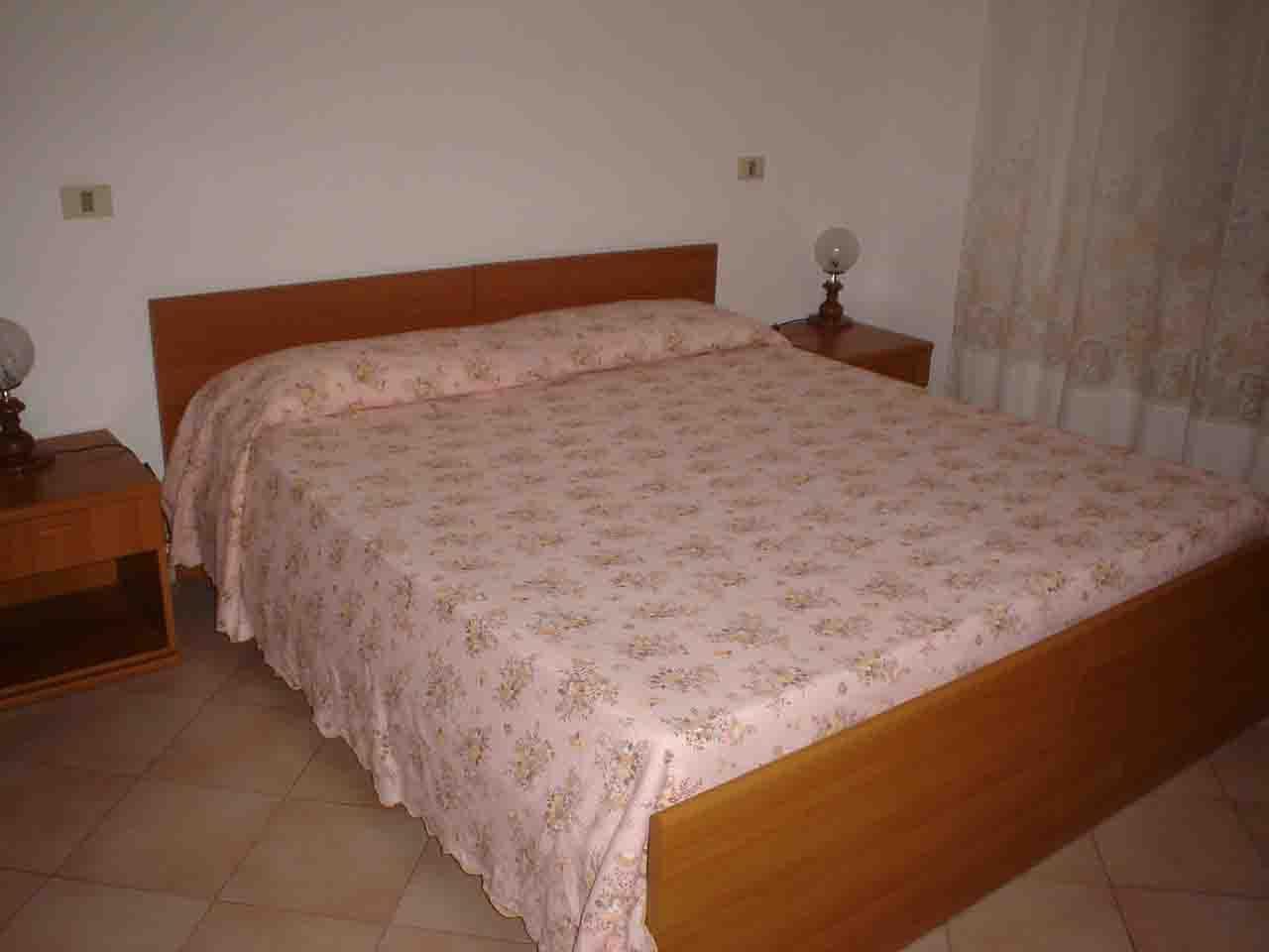 Appartamento bilocale vicino alla Piazza di Giglio Castello (4 posti letto)rif. FIORENZOSX