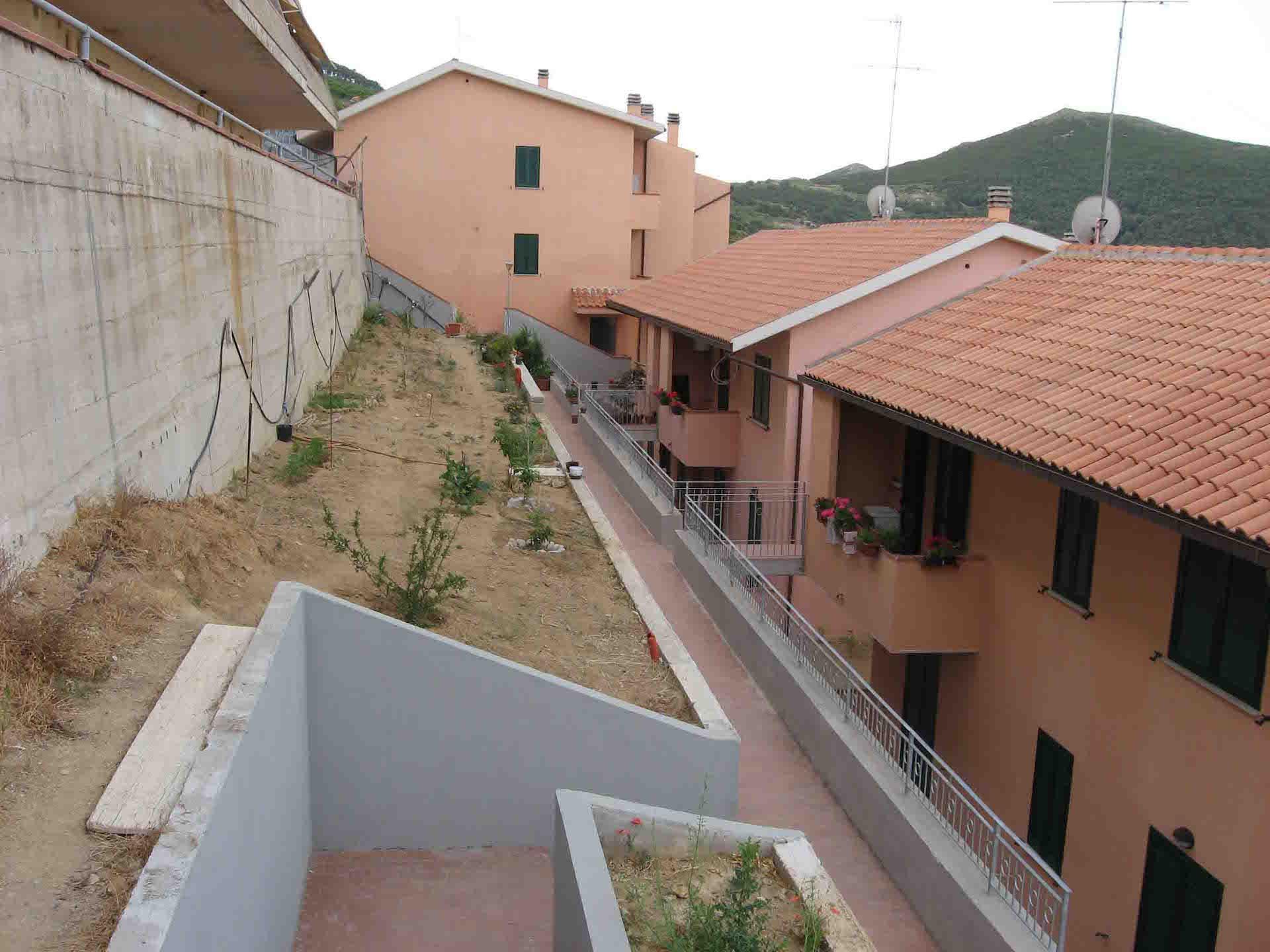 Appartamento in palazzina quadrifamiliare con vista mare (6/8 p.l.) rif. DOLCE