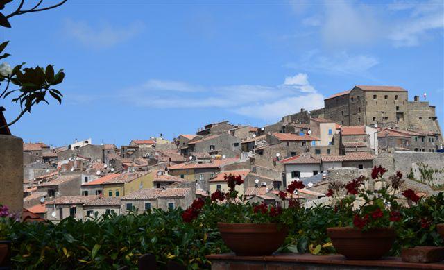 GIGLIO CASTELLO – Appartamento interno Borgo Medioevale. RIF. ALFREDO